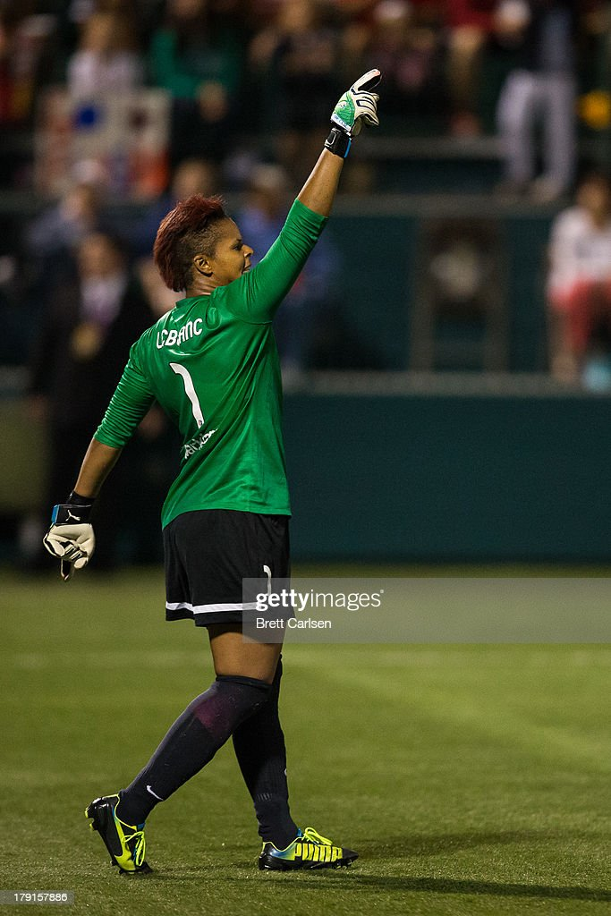 Karina LeBlanc raises her hand in celebration following Portland Thorns FC second and final goal against Western New York Flash the National Women's Soccer League Championship at Sahlen's Stadium August 31, 2013 in Rochester, New York.