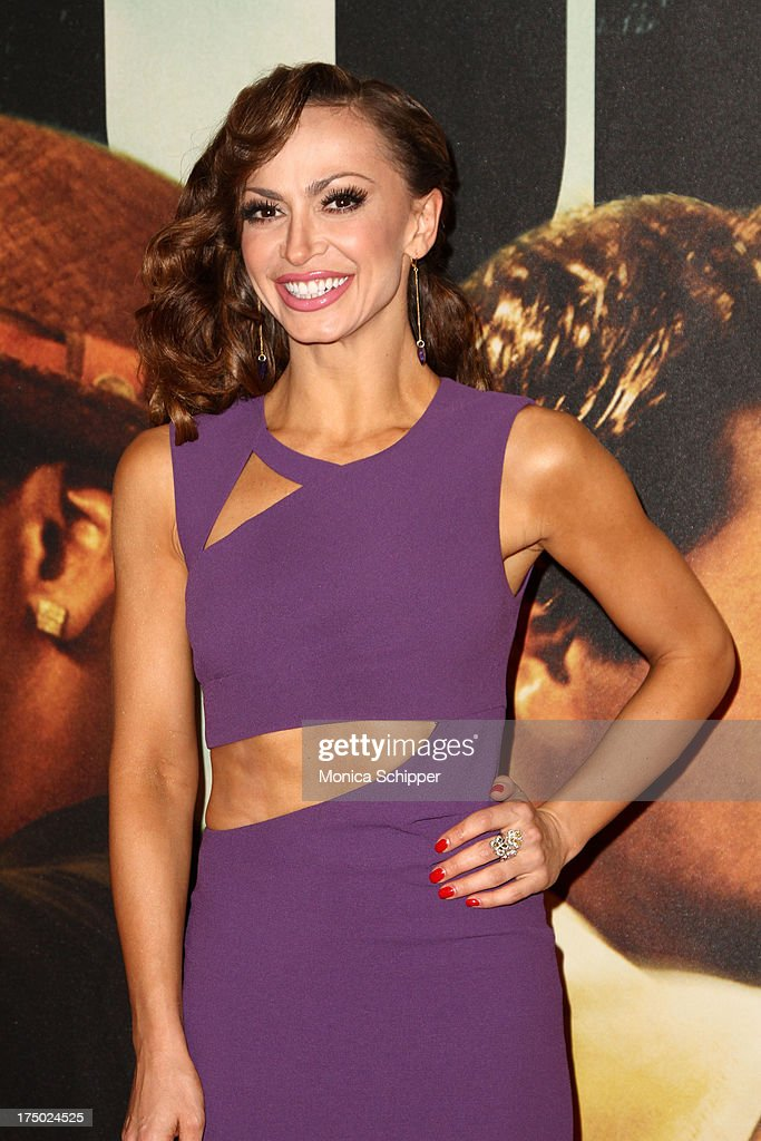 <a gi-track='captionPersonalityLinkClicked' href=/galleries/search?phrase=Karina+Smirnoff&family=editorial&specificpeople=4029232 ng-click='$event.stopPropagation()'>Karina Smirnoff</a> attends '2 Guns' New York Premiere at SVA Theater on July 29, 2013 in New York City.