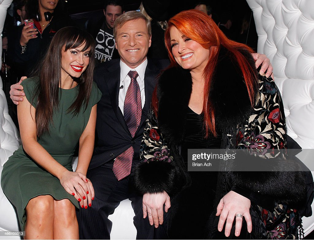 Karina Smirnoff Leigh Steinberg and Wynonna Judd attend the 2014 Leigh Steinberg Super Bowl Party at 230 Fifth Avenue on February 1 2014 in New York...