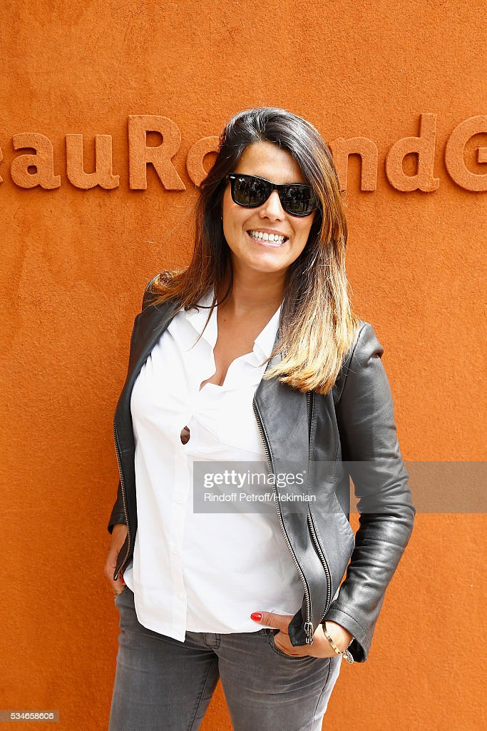 <a gi-track='captionPersonalityLinkClicked' href=/galleries/search?phrase=Karine+Ferri&family=editorial&specificpeople=4532443 ng-click='$event.stopPropagation()'>Karine Ferri</a> attends the French Tennis Open Day 6 at Roland Garros on May 27, 2016 in Paris, France.