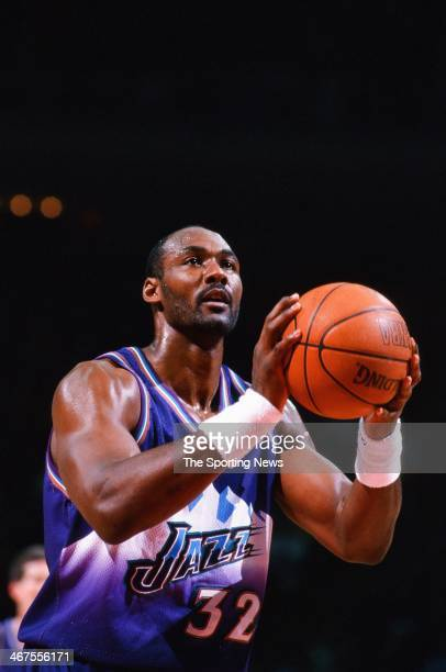 Karl Malone of the Utah Jazz shoots during the game against the Houston Rockets on January 8 2000 at Compaq Center in Houston Texas