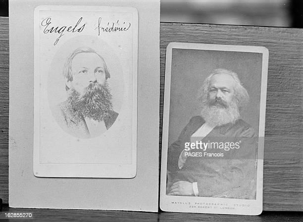 Karl Marx 1957 reproductions d'articles et de portrait de Karl MARX philosophe et théoricien allemand auteur du 'Capital' livre dans lequel il décrit...
