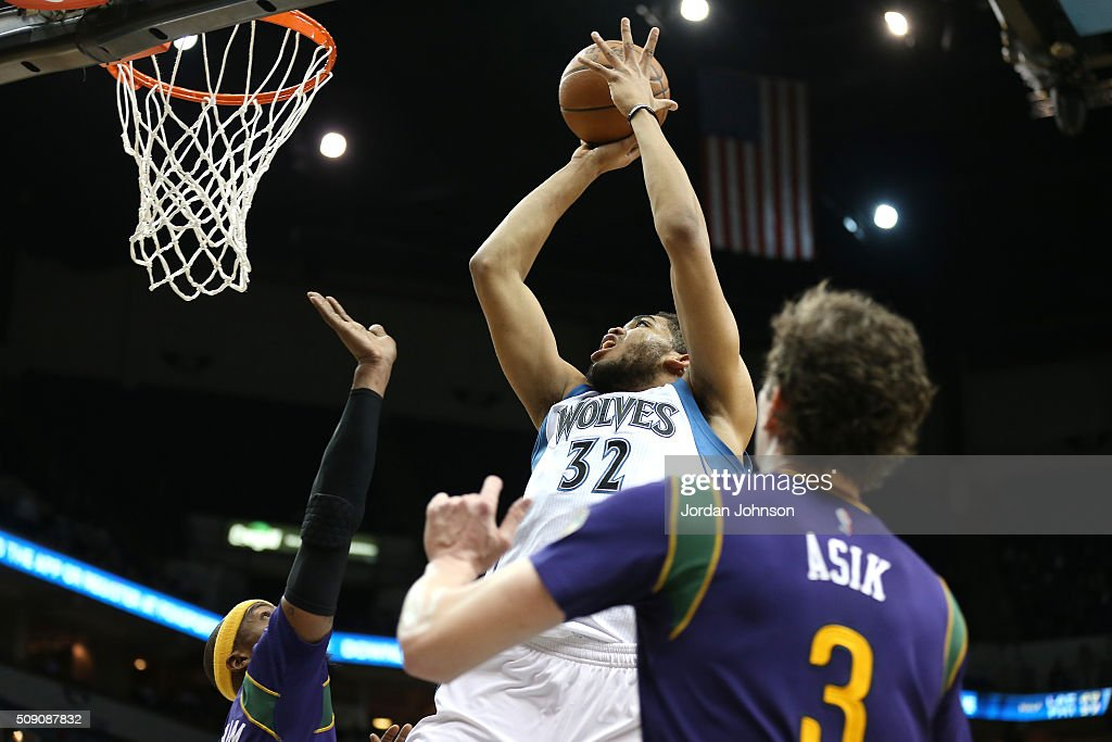 Karl-Anthony Towns #32 of the Minnesota Timberwolves goes for the lay up during the game against the New Orleans Pelicans on February 8, 2016 at Target Center in Minneapolis, Minnesota.