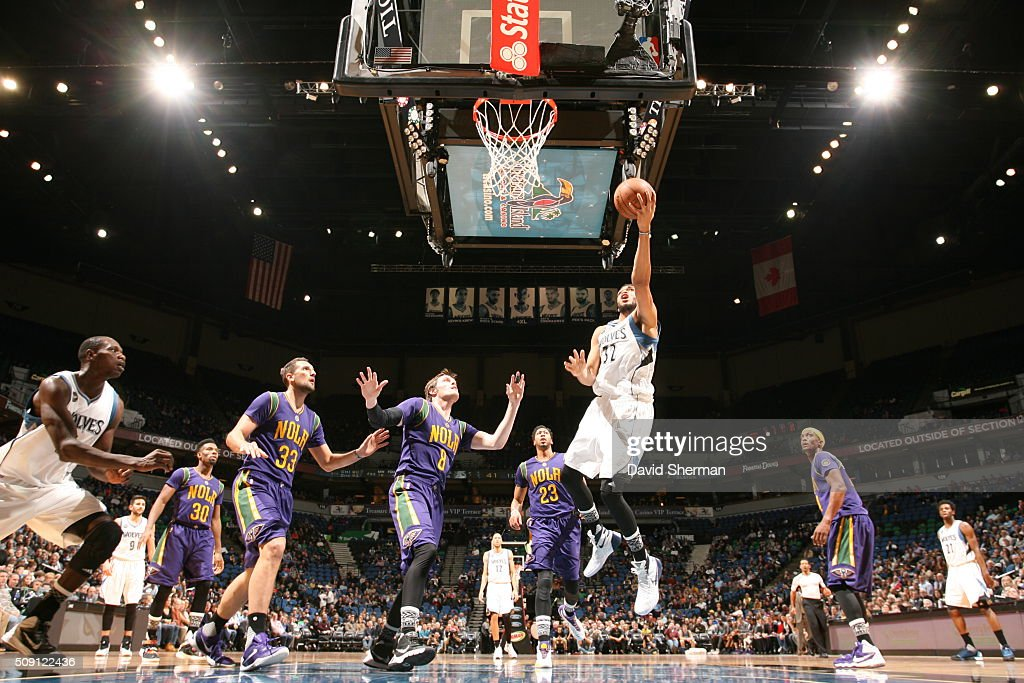 Karl-Anthony Towns #32 of the Minnesota Timberwolves goes for the lay up against the New Orleans Pelicans during the game on February 8, 2016 at Target Center in Minneapolis, Minnesota.