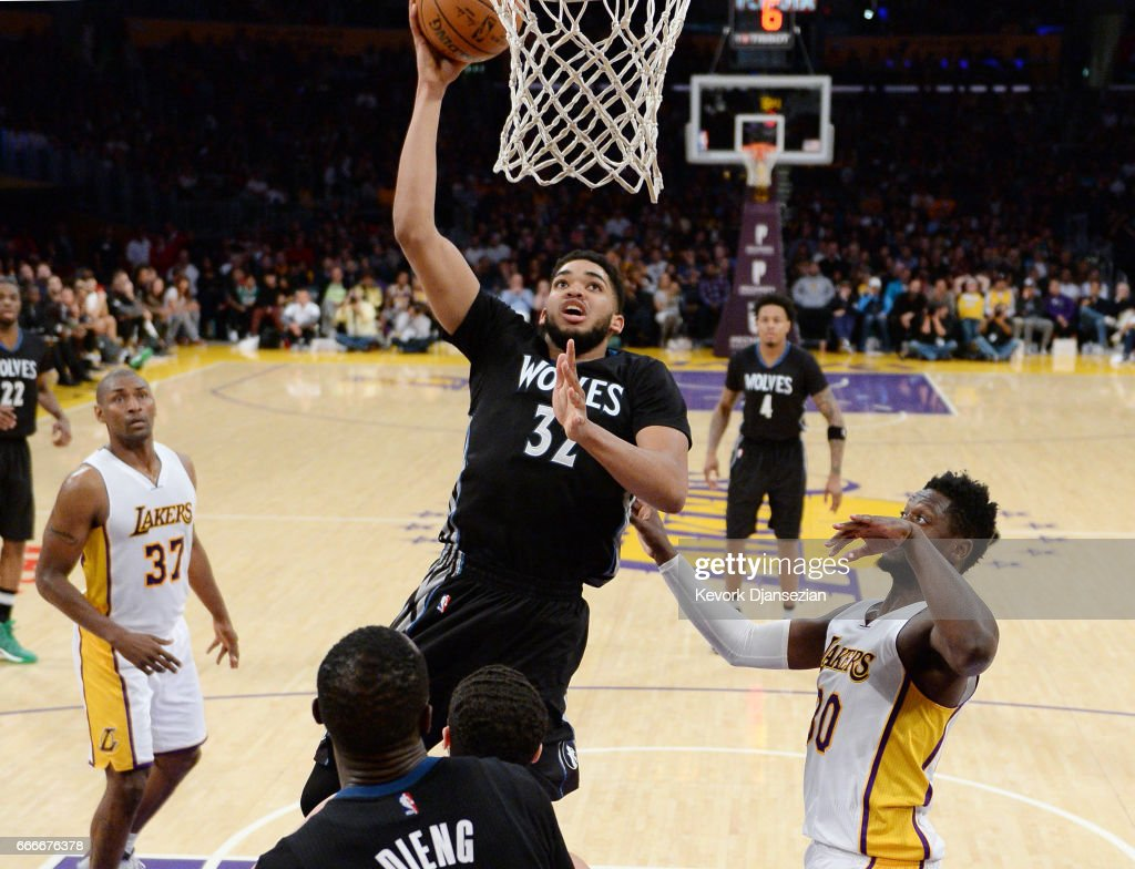 Minnesota Timberwolves v Los Angeles Lakers : News Photo