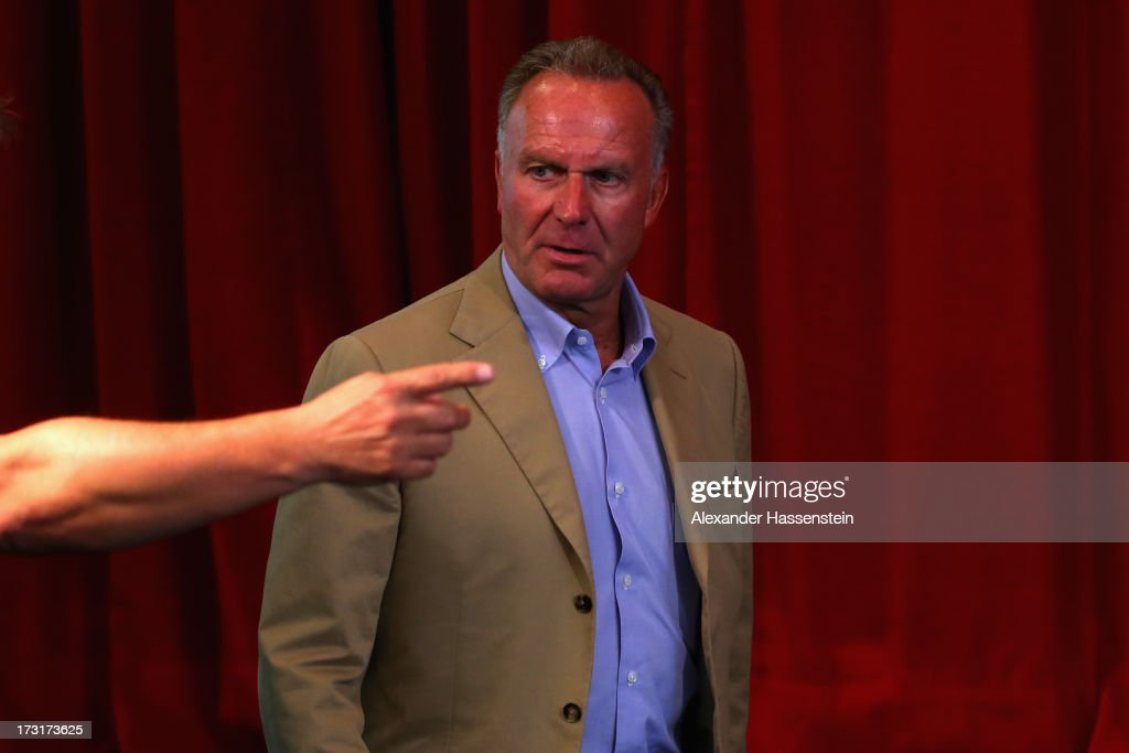 <a gi-track='captionPersonalityLinkClicked' href=/galleries/search?phrase=Karl-Heinz+Rummenigge&family=editorial&specificpeople=634867 ng-click='$event.stopPropagation()'>Karl-Heinz Rummenigge</a>, CEO of FC Bayern Muenchen arrives for a press conference at Centro Congressi on July 9, 2013 in Riva del Garda, Italy.