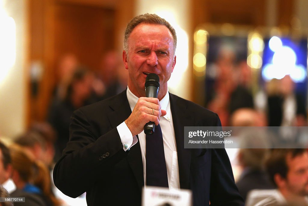 <a gi-track='captionPersonalityLinkClicked' href=/galleries/search?phrase=Karl-Heinz+Rummenigge&family=editorial&specificpeople=634867 ng-click='$event.stopPropagation()'>Karl-Heinz Rummenigge</a>, CEO of Muenchen takes a speech at the Champions Dinner night at The Westin Hotel after the UEFA Champions League group F match between Valencia FC and FC Bayern Muenchen at Estadio Mestalla on November 20, 2012 in Valencia, Spain.