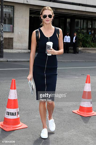 Karlie Kloss arrives at the Atelier Versace show as part of Paris Fashion Week Haute Couture Fall/Winter 2015/2016 on July 5 2015 in Paris France
