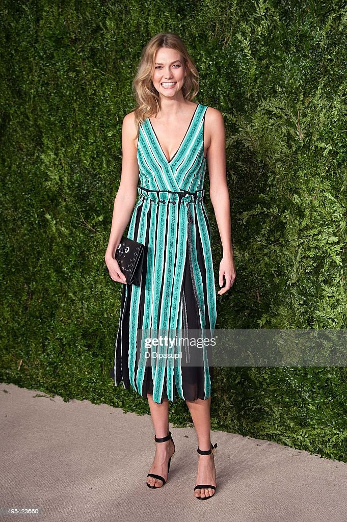 Karlie Kloss attends the 12th annual CFDA/Vogue Fashion Fund Awards at Spring Studios on November 2 2015 in New York City