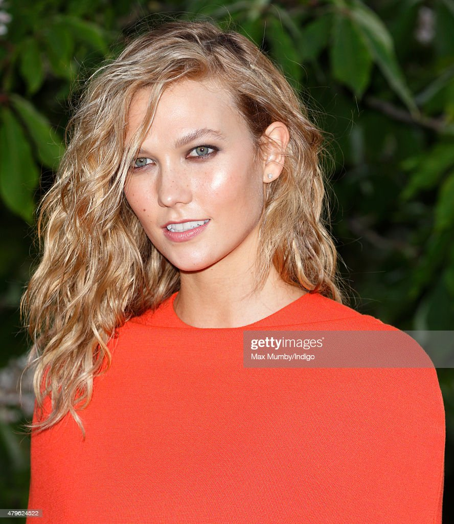 Karlie Kloss attends the Serpentine Gallery Summer Party at The Serpentine Gallery on July 2, 2015 in London, England.