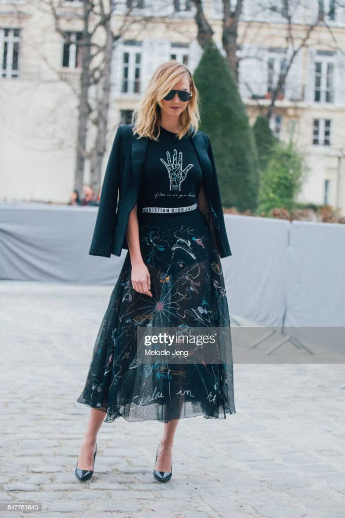 Karlie Kloss outside the Dior show on March 3, 2017 in Paris, France.