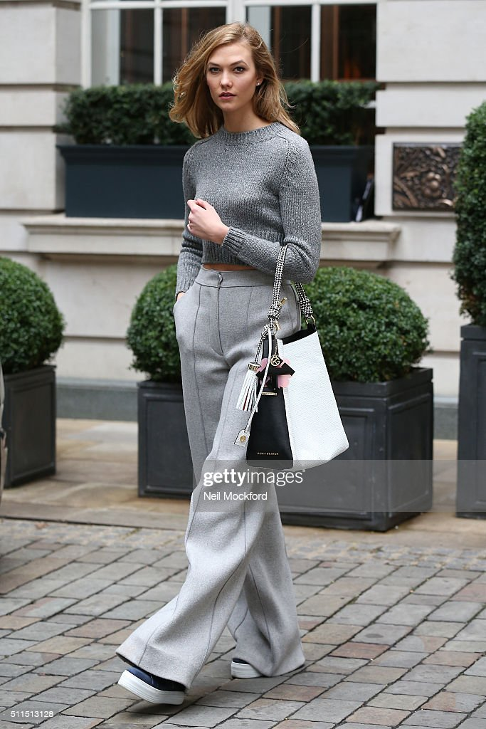 Karlie Kloss Spotted At London Fashion Week
