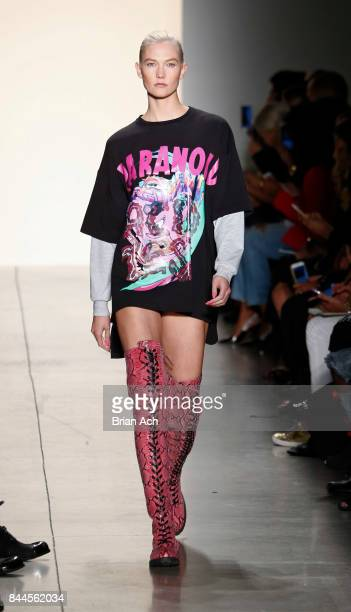 Karlie Kloss walks the runway during the Jeremy Scott fashion show during during New York Fashion Week at Spring Studios on September 8 2017 in New...