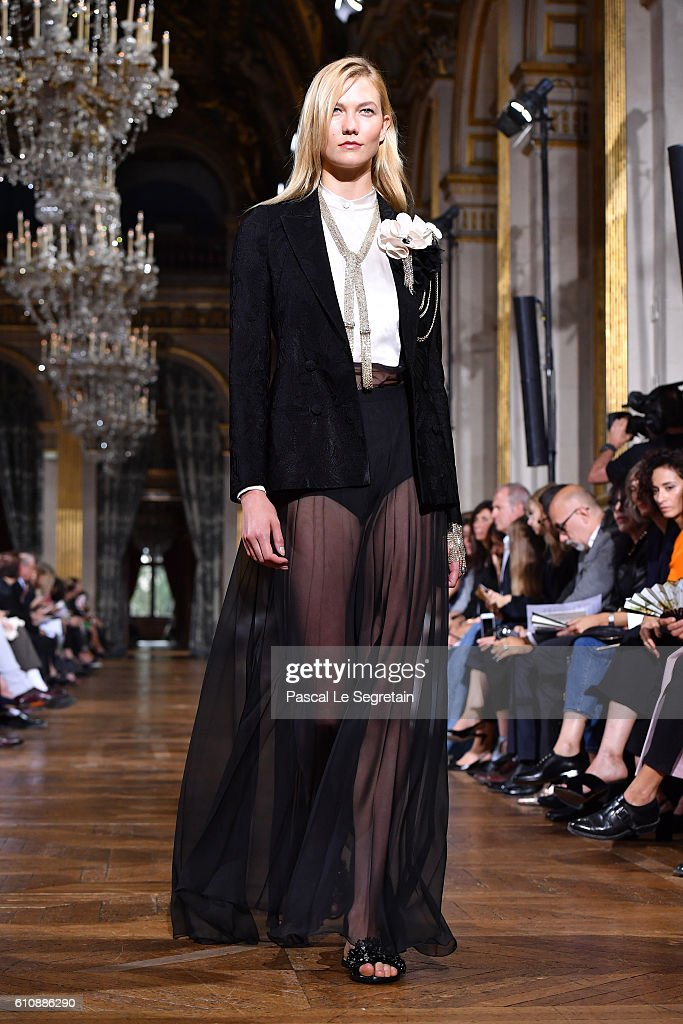 karlie-kloss-walks-the-runway-during-the-lanvin-show-as-part-of-the-picture-id610886290