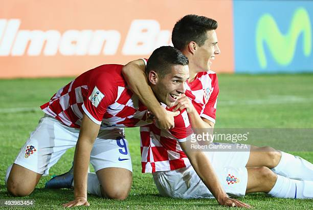 Karlo Majic of Croatia celebrates with Josip Brekalo after scoring a goal during the FIFA U17 World Cup Group A match between Croatia and Nigeria at...
