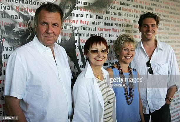 British actor Tom Wilkinson his wife British actress Diana Hardcastle Italianborn Yugoslavian actress Milena Vukotic and British actor Mark Umbers...