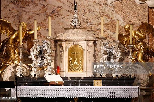 Karlskirche Altar and tabernacle