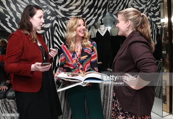 Karlyn Hyxson Sara Blakely and Laura Clark pose for a photo together as Sara Blakely and Alice Olivia celebrate the launch of 'The Belly Art Project'...