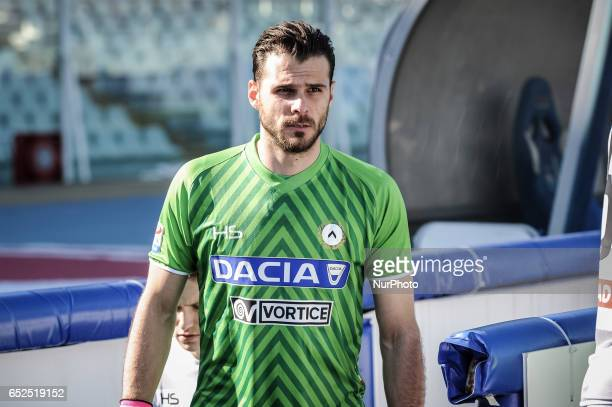 Karnezis Orestis during the Italian Serie A football match Pescara vs Udinese on March 15 in Pescara Italy