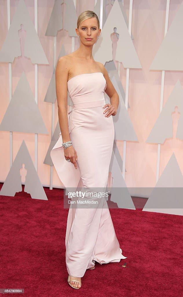 Karolina Kurkova arrives at the 87th Annual Academy Awards at Hollywood Highland Center on February 22 2015 in Los Angeles California