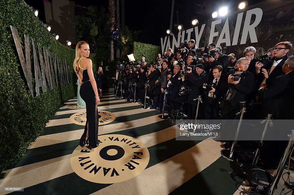 Karolina Kurkova arrives for the 2013 Vanity Fair Oscar Party hosted by Graydon Carter at Sunset Tower on February 24, 2013 in West Hollywood, California.