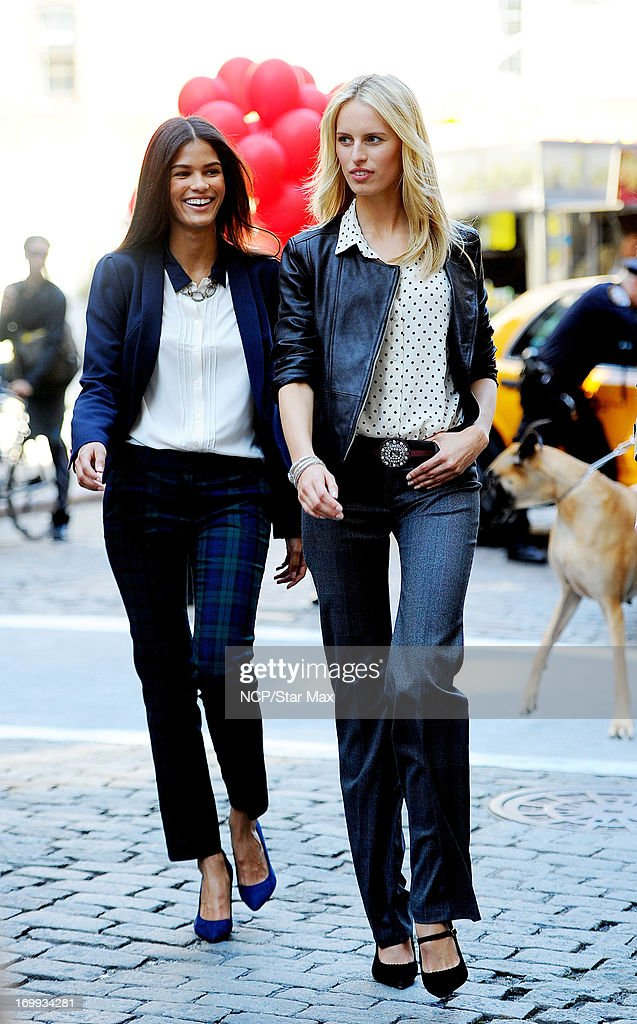 <a gi-track='captionPersonalityLinkClicked' href=/galleries/search?phrase=Karolina+Kurkova&family=editorial&specificpeople=202513 ng-click='$event.stopPropagation()'>Karolina Kurkova</a> (R) as seen on June 4, 2013 in New York City.