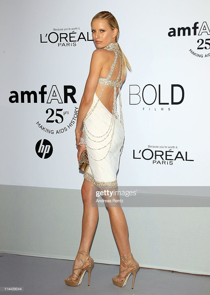 <a gi-track='captionPersonalityLinkClicked' href=/galleries/search?phrase=Karolina+Kurkova&family=editorial&specificpeople=202513 ng-click='$event.stopPropagation()'>Karolina Kurkova</a> attends amfAR's Cinema Against AIDS Gala during the 64th Annual Cannes Film Festival at Hotel Du Cap on May 19, 2011 in Antibes, France.