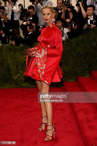 Karolina Kurkova attends the 'China Through The Looking Glass' Costume Institute Benefit Gala at the Metropolitan Museum of Art on May 4 2015 in New...
