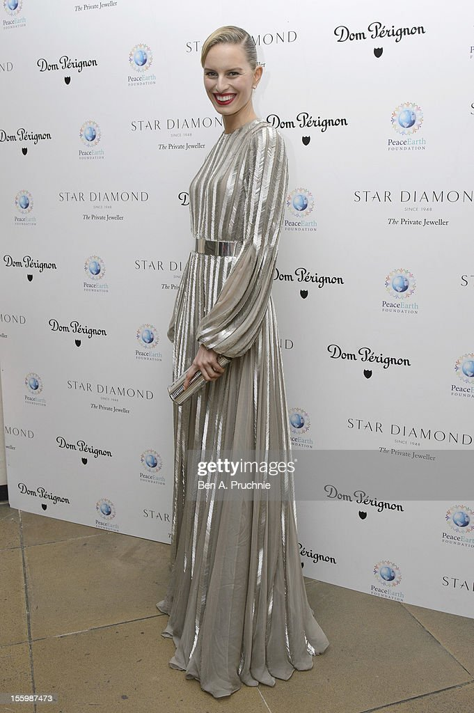 <a gi-track='captionPersonalityLinkClicked' href=/galleries/search?phrase=Karolina+Kurkova&family=editorial&specificpeople=202513 ng-click='$event.stopPropagation()'>Karolina Kurkova</a> attends the PeaceEarth foundation fundraising gala at Banqueting House on November 10, 2012 in London, England.