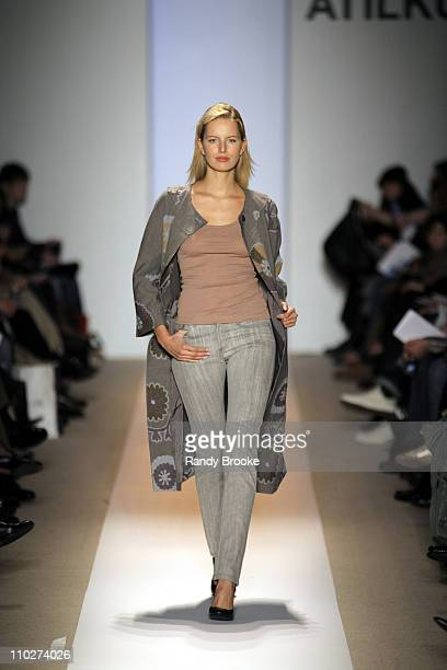 Karolina Kurkova wearing Atil Kutoglu Fall 2006 during Olympus Fashion Week Fall 2006 Atil Kutoglu Runway at The Promenade Bryant Park in New York...