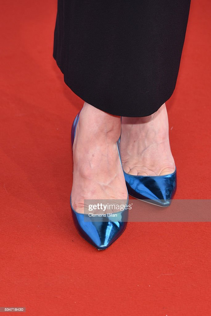 <a gi-track='captionPersonalityLinkClicked' href=/galleries/search?phrase=Karoline+Herfurth&family=editorial&specificpeople=636213 ng-click='$event.stopPropagation()'>Karoline Herfurth</a>, shoe detail, attends the Lola - German Film Award (Deutscher Filmpreis) on May 27, 2016 in Berlin, Germany.