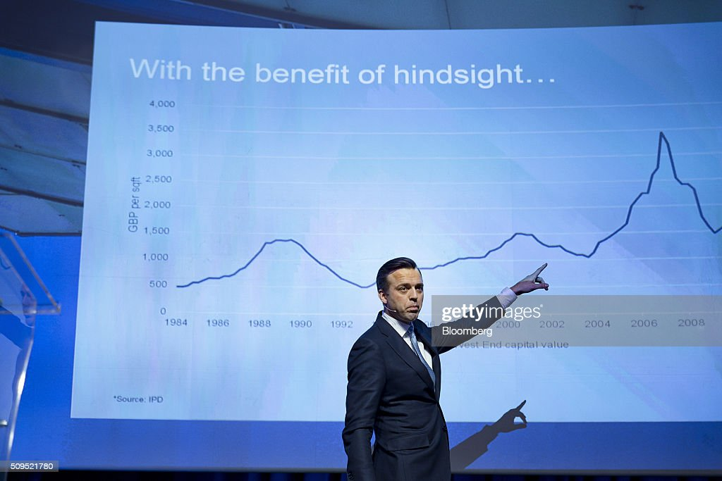 Karsten Kallevig, chief executive officer of the real estate group at Norges Bank Investment Management, points to an index graph during a presentation at the Citykonferansen conference in Oslo, Norway, on Thursday, Feb. 11, 2016. The $840 billion fund in July, 2015, created a specific group to oversee real estate as it targets more direct management of assets. Photographer: Krister Soerboe/Bloomberg via Getty Images