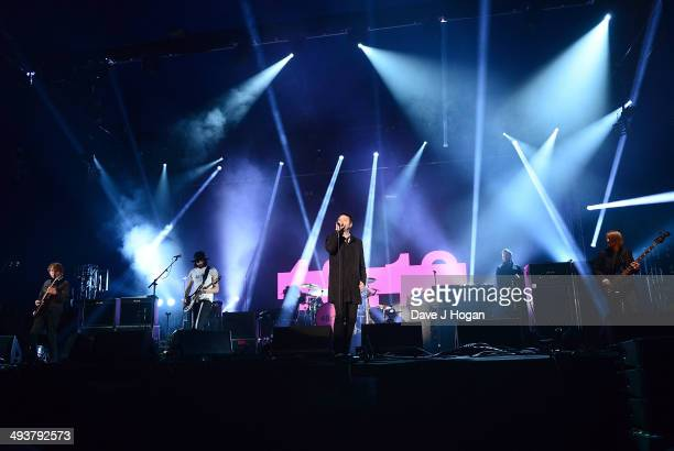 Kasabian Sergio Pizzorno Ian Matthews Tom Meighan and Chris Edwards perform live at Radio 1's Big Weekend at Glasgow Green on May 25 2014 in Glasgow...