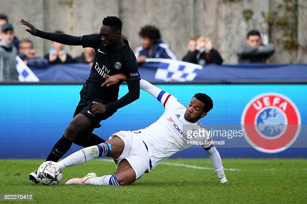 Kasey Palmer of Chelsea FC fights for the ball with JeanKevin Augustin of Paris Saint Germain during the UEFA Youth League Final match between Paris...