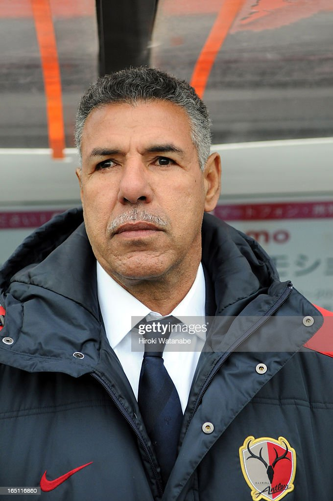 Kashima Antlers head coach Toninho Cerezo instructs during the J.League match between Omiya Ardija and Kashiwa Reysol at Nack 5 Stadium Omiya on March 30, 2013 in Saitama, Japan.