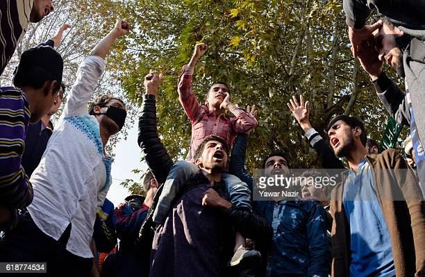 Kashmir Muslims shout anti Indian and pro Kashmir freedom slogans during anti India protest on October 28 2016 n Srinagar the summer capital of...