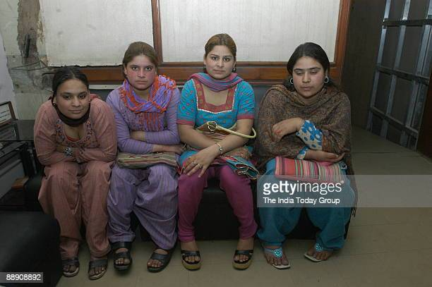 hindu single women in paradise valley Classic karakorum & hunza valley tour  the hindu kush and the  in the morning visit gulmit old house where you visit to see the local women's handicraft.