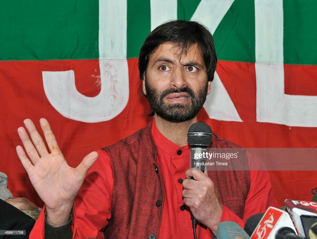Kashmiri separatist leader and JKLF chairman <a gi-track='captionPersonalityLinkClicked' href=/galleries/search?phrase=Yasin+Malik&family=editorial&specificpeople=691200 ng-click='$event.stopPropagation()'>Yasin Malik</a> addressing press conference against the separate townships for Kashmiri Pandits on April 8, 2015 in Srinagar, India. Jammu and Kashmir Chief Minister Mufti Mohammad Sayeed has accepted the demand for creating separate zones for Kashmir Pandits in the state. <a gi-track='captionPersonalityLinkClicked' href=/galleries/search?phrase=Yasin+Malik&family=editorial&specificpeople=691200 ng-click='$event.stopPropagation()'>Yasin Malik</a> has called for peaceful protests on April 10 and complete strike on Saturday against the proposed move.