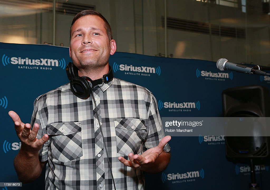 <a gi-track='captionPersonalityLinkClicked' href=/galleries/search?phrase=Kaskade+-+DJ&family=editorial&specificpeople=5359439 ng-click='$event.stopPropagation()'>Kaskade</a> performs as part of SiriusXM's 'Electric Aquarium' series on Electric Area on July 15, 2013 in New York City.