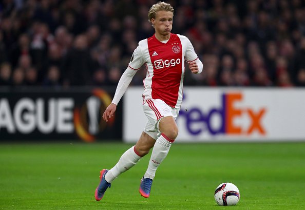 Ajax Amsterdam v Legia Warszawa - UEFA Europa League Round of 32: Second Leg : News Photo
