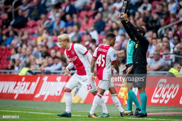 Kasper Dolberg of Ajax Justin Kluivert of Ajax during the Dutch Eredivisie match between Ajax Amsterdam and FC Groningen at the Amsterdam Arena on...