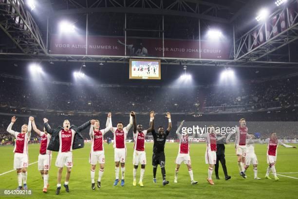 Kasper Dolberg of Ajax Nick Viergever of Ajax Donny van de Beek of Ajax Frenkie de Jong of Ajax Kenny Tete of Ajax Davinson Sanchez of Ajax...