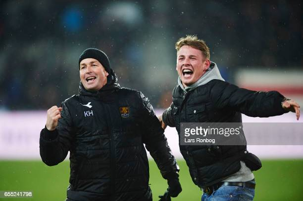 Kasper Hjulmand head coach of FC Nordsjalland and goalkeeper Indy Groothuizen of FC Nordsjalland celebrate after the Danish Alka Superliga match...