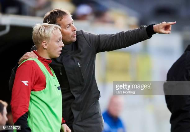 Kasper Hjulmand head coach of FC Nordsjalland speaks tro Mads Aaquist of FC Nordsjalland during the Danish Alka Superliga match between AC Horsens...