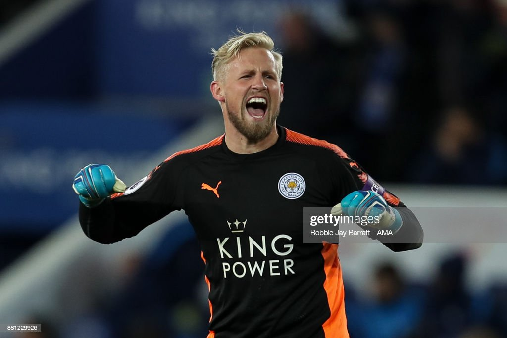Kasper Schmeichel of Leicester City celebrates at full time during the Premier League match between Leicester City and Tottenham Hotspur at The King Power Stadium on November 28, 2017 in Leicester, England.