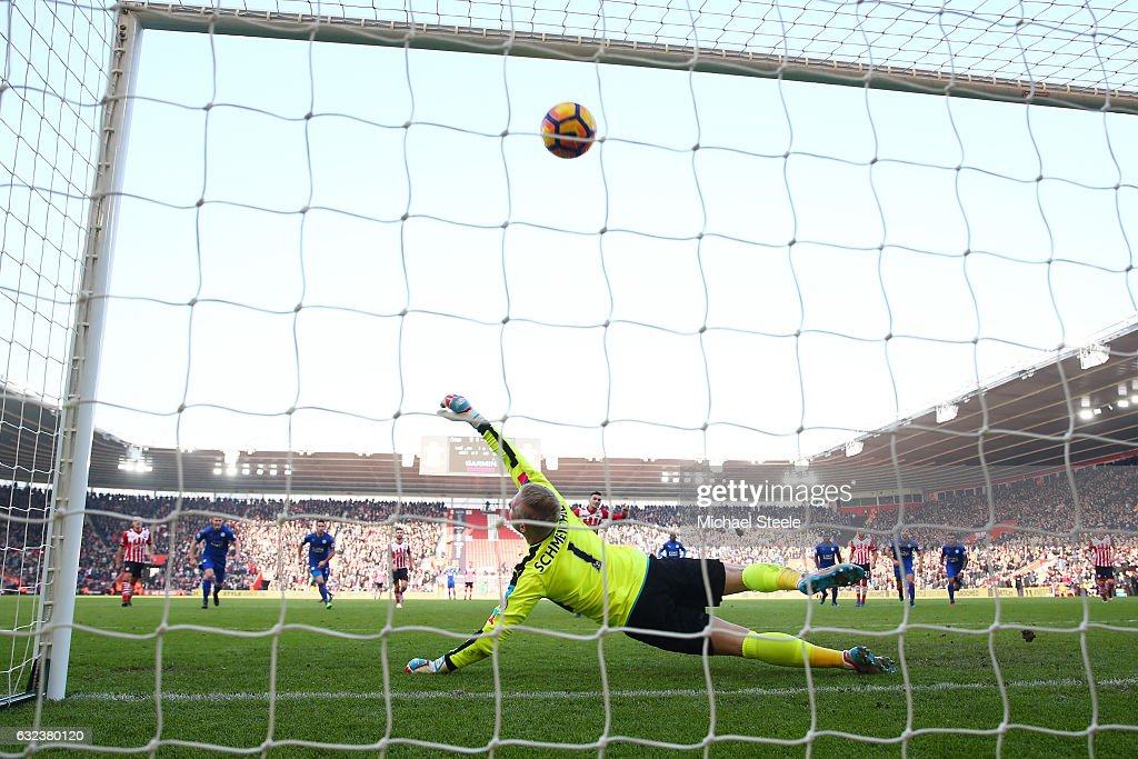 Kasper Schmeichel of Leicester City dives in vain as Dusan Tadic of Southampton converts the penalty to score his team's third goal during the Premier League match between Southampton and Leicester City at St Mary's Stadium on January 22, 2017 in Southampton, England.