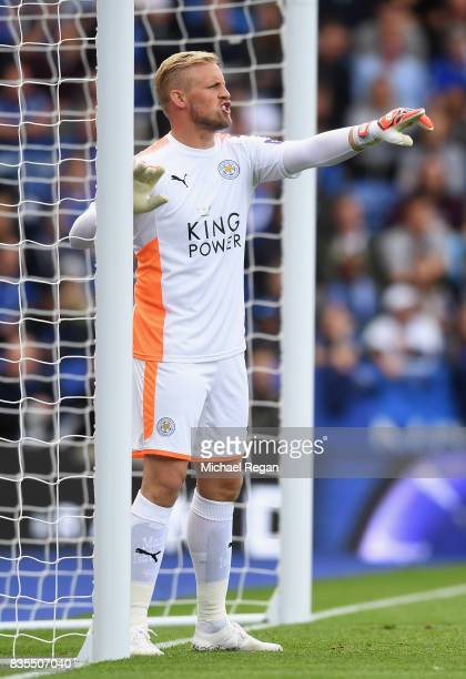 Kasper Schmeichel of Leicester City gives his team instructions during the Premier League match between Leicester City and Brighton and Hove Albion...
