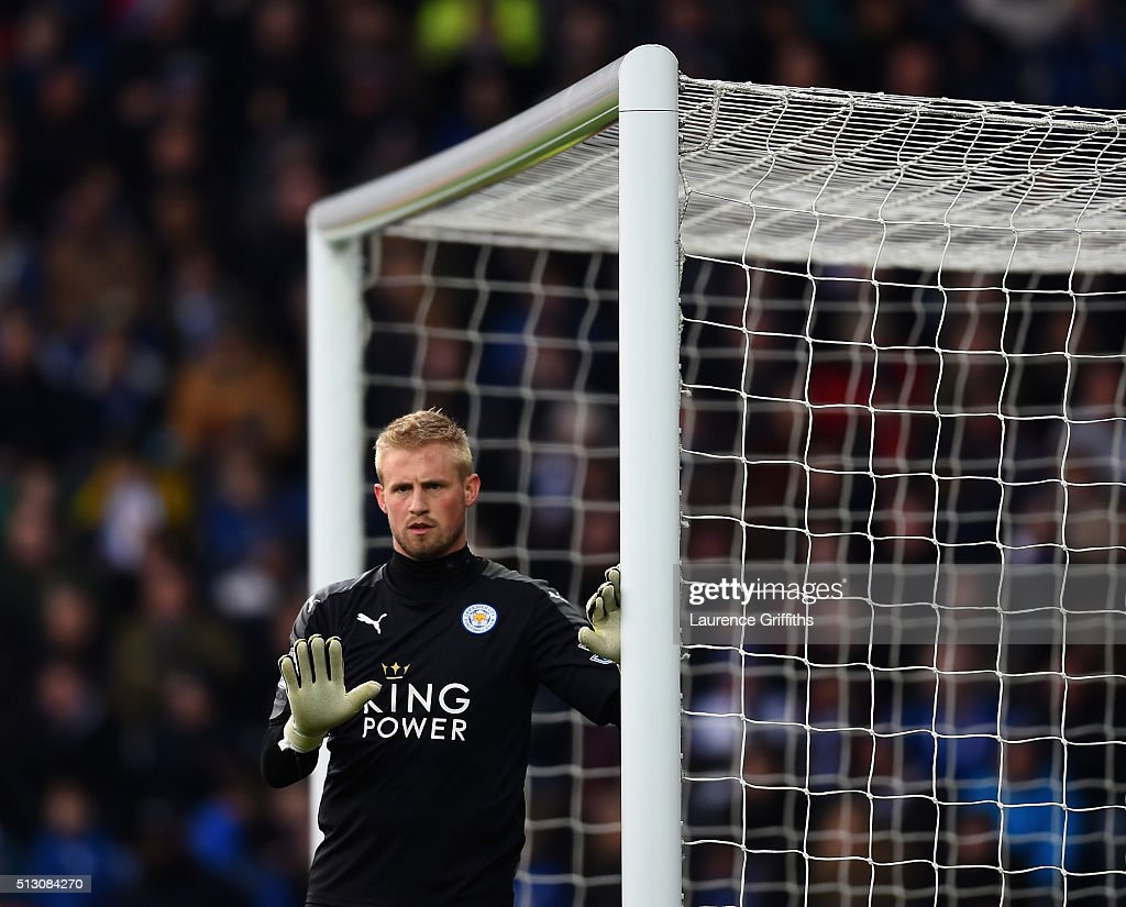 Kasper Schmeichel of Leicester City in action during the Barclays Premier League match between Leicester City and Norwich City at The King Power Stadium on February 27, 2016 in Leicester, England.