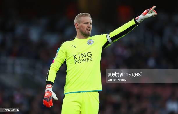 Kasper Schmeichel of Leicester City instructs his side during the Premier League match between Arsenal and Leicester City at the Emirates Stadium on...