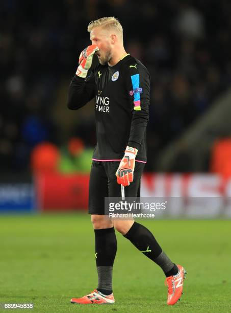 Kasper Schmeichel of Leicester City is dejected after the UEFA Champions League Quarter Final second leg match between Leicester City and Club...